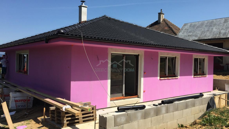 Dom v Hrabovke pri Trenčíne