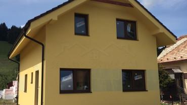 Poschodový dom pri L. Mikuláši