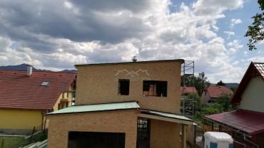 Poschodový dom v Sučanoch