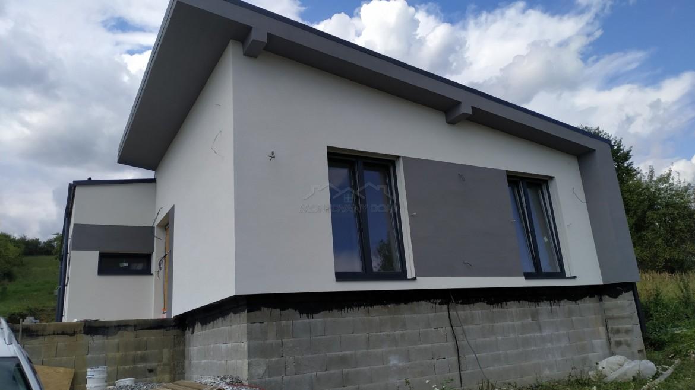 Dom v Zbyňove